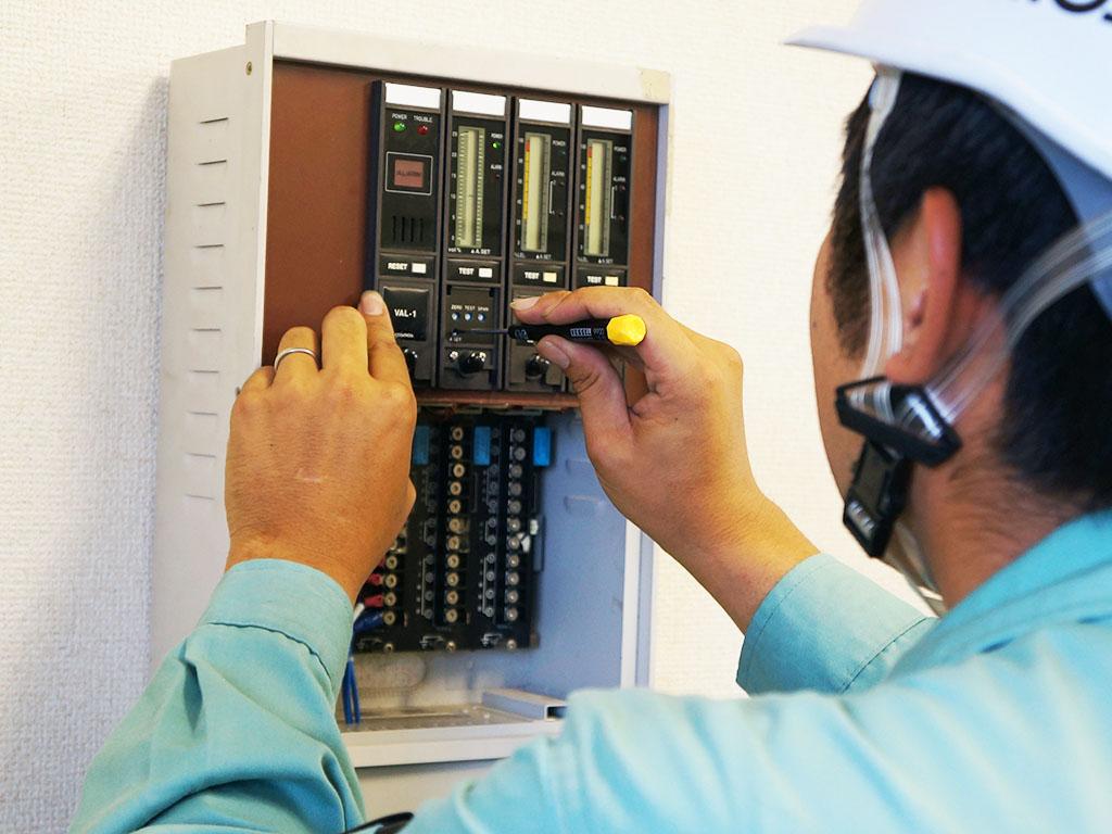 修正 受信機側指示計ユニット警報設定中